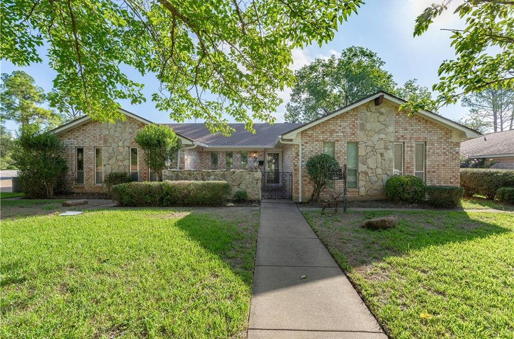 North Richland Hills, 3 Bed, 2 Bath, 219k
