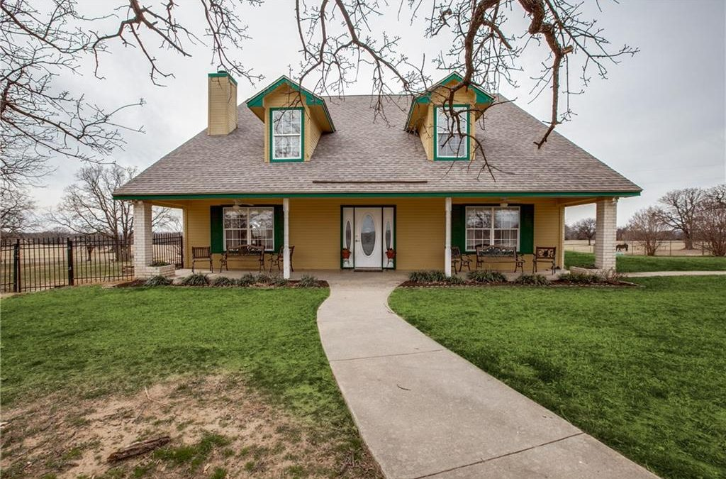 Springtown, 3 bed, 3 bath, under $540k