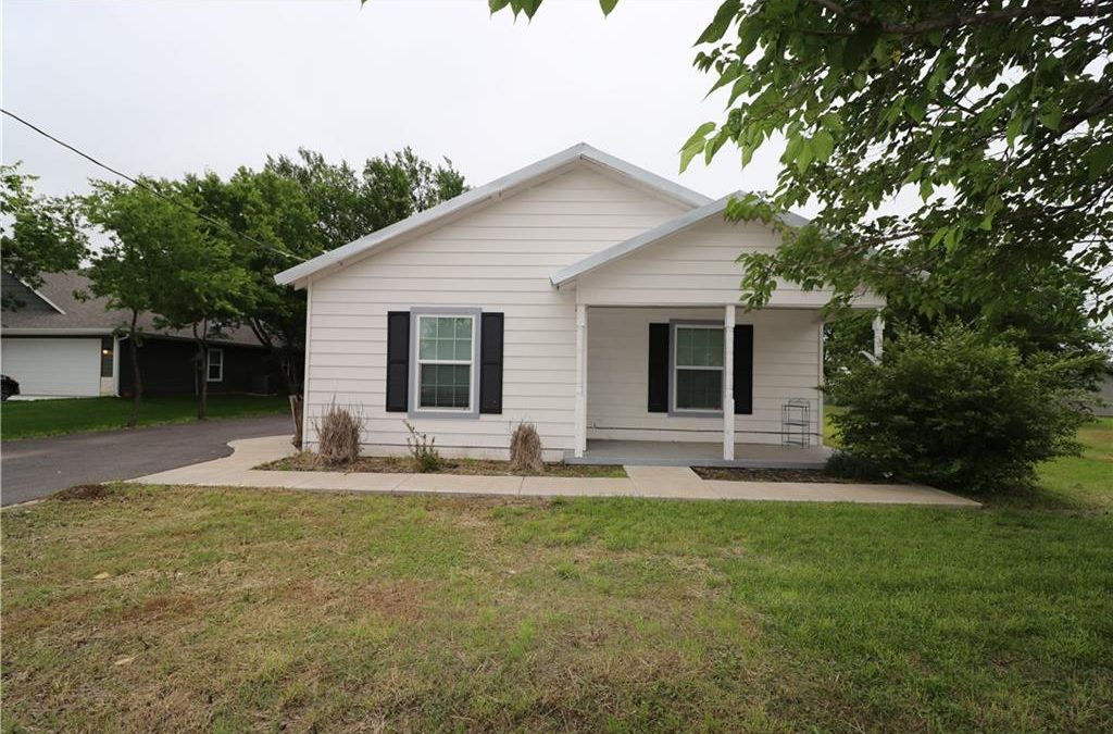 Rio Vista, 3 Bed, 2 Bath, Under $180k