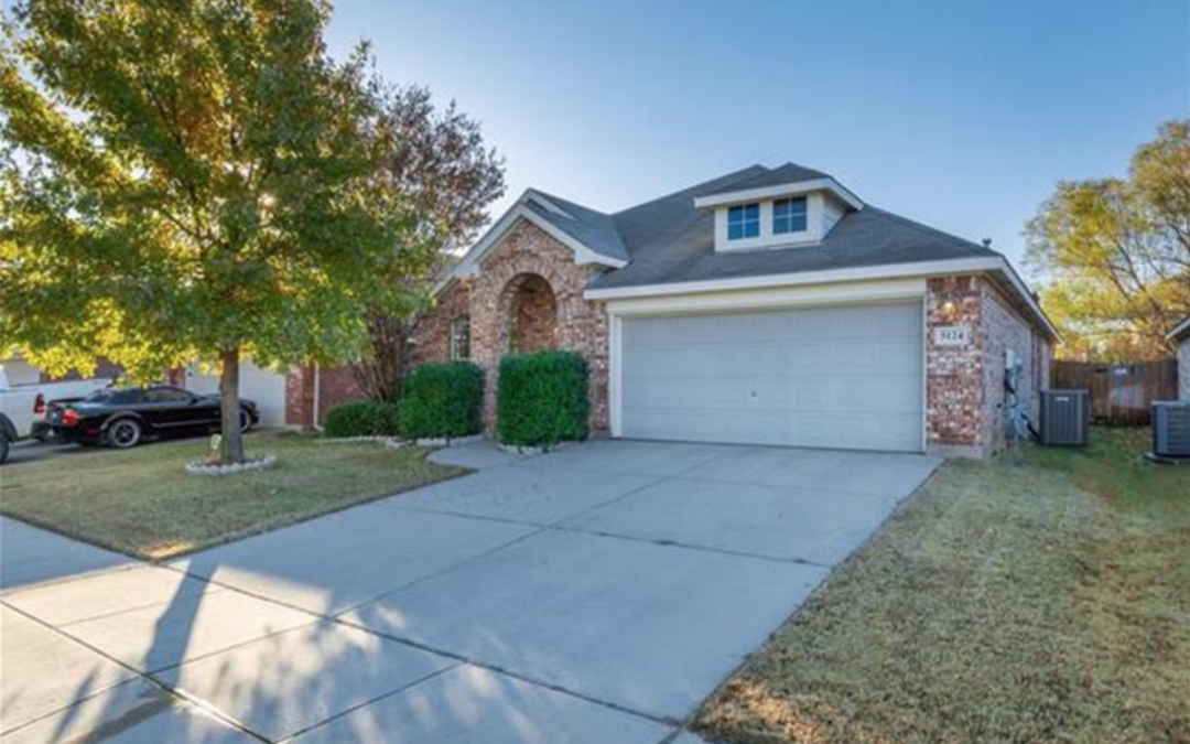 Fort Worth, TX, 3 Bed, 2 Bath, Under $251k